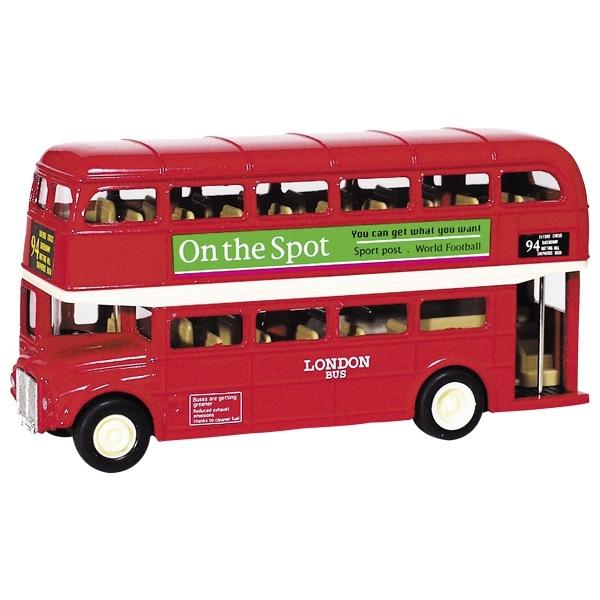 Bus London aus Spritzguss
