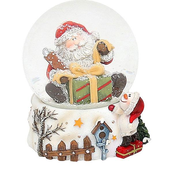 Schneekugel Weihnachtsmann mit Geschenk 9,5 cm