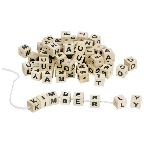 Buchstabenwürfel aus Holz