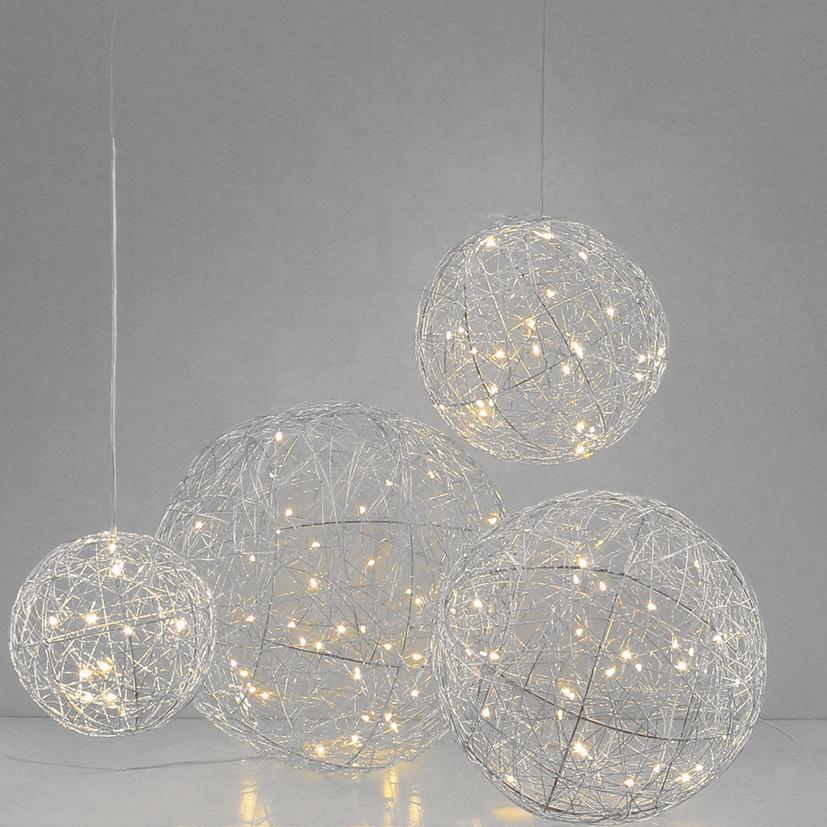 Lichtdekoration Kugel silber 25 LED beleuchtet 17 cm