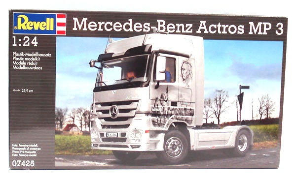 Revell 07425 Mercedes-Benz Actros MP 3 1:24