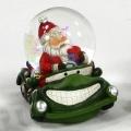 Schneekugel Weihnachtsmann im Auto grün