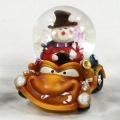 Schneekugel Schneemann im Auto orange